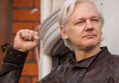 Wikileaks founder Julian Assange to sue the government of