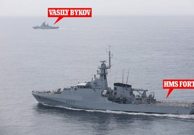 Royal Navy ship shadows Russian boat through Channel in